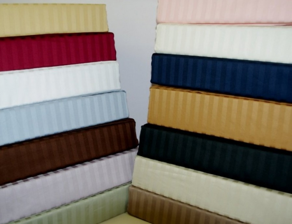 Dyed Bed Sheet Sets